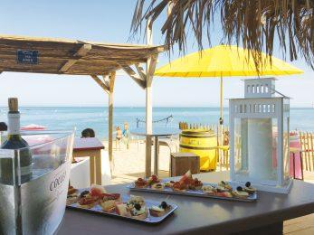 nourriture en bord de plage à rivedoux